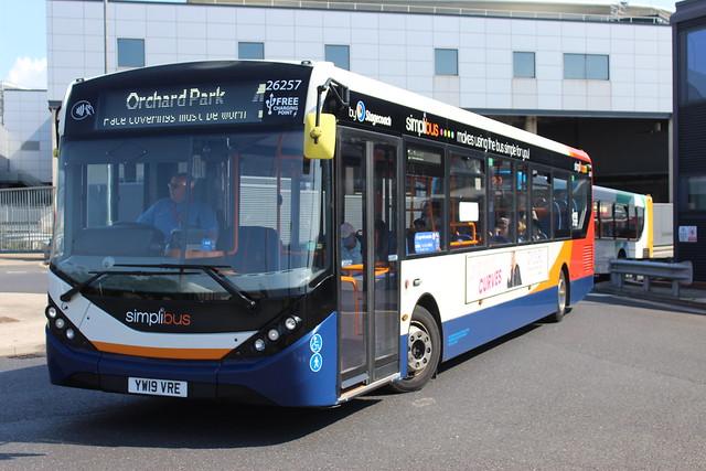 26257 YW19VRE  Seen at Hull Paragon Interchange (05/08/2021)