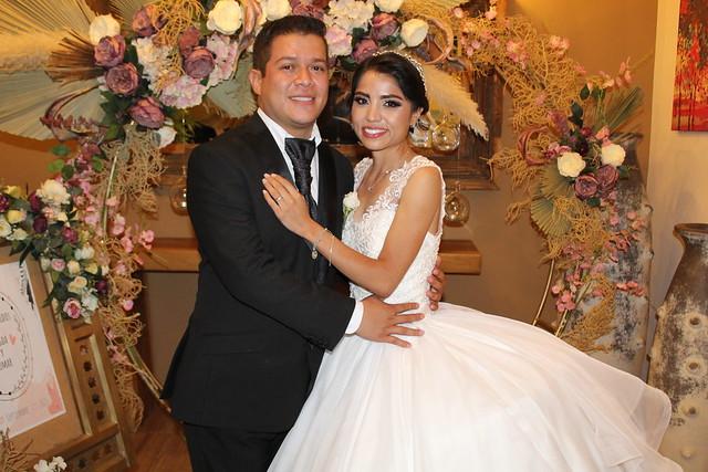 Se unen en matrimonio Magdalena y Omar
