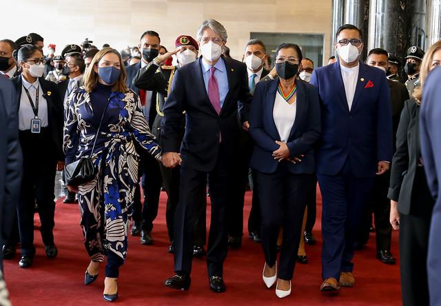 PRESIDENTA DE LA ASAMBLEA NACIONAL, GUADALUPE LLORI, RECIBE PROYECTO DE LEY CREANDO OPORTUNIDADES POR PARTE DEL PRESIDENTE DE LA REPÚBLICA, GUILLERMO LASSO. ECUADOR,  24 DE SEPTIEMBRE DEL 2021