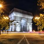 Arc de Triomphe x Christo