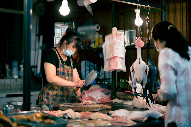Practice framing in a traditional market.