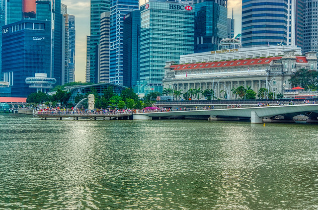 Fullerton Hotel and Merlion by the Marina Bay with Central Business District (CBD) in Singapore