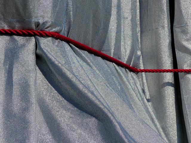 Détail tissu et corde