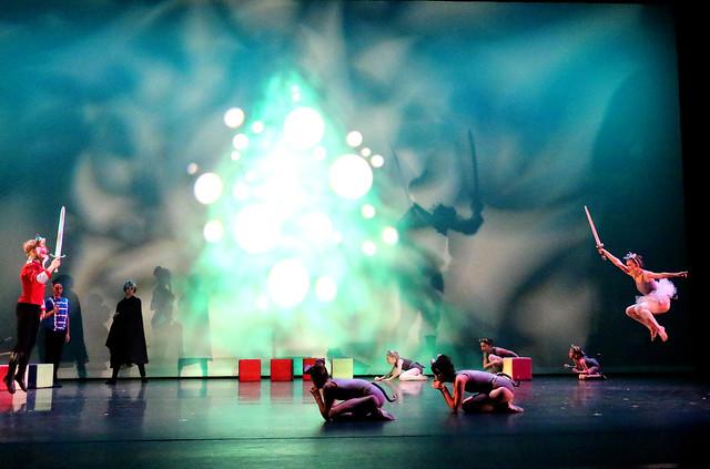 Nutcracker Ballet - Fight Scene
