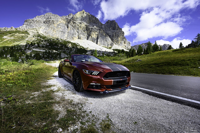 Passo Falzarego Mustang Kodak Moment - Cortina d'Ampezzo - Italia