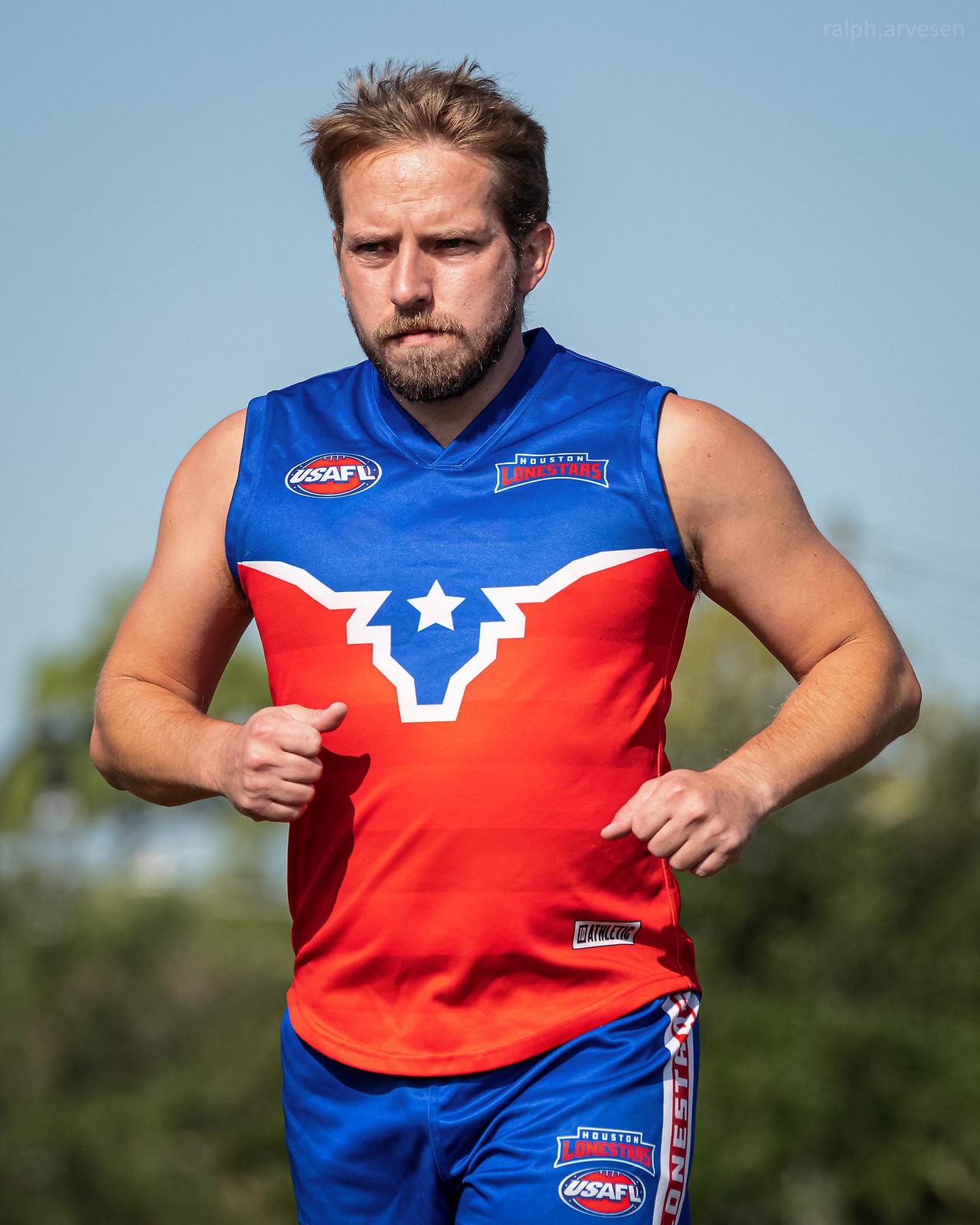 Australian Football | Texas Review | Ralph Arvesen