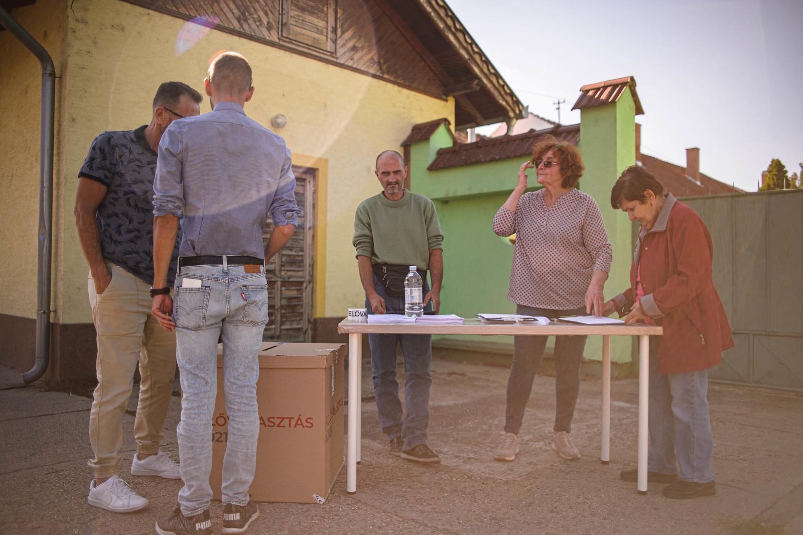 Megnéztük az üllési előválasztást, amire egy hétig vártak az emberek