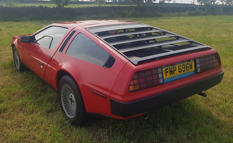 DeLorean-Painted-In-Red-Listed-For-Sale-On-Ebay-2