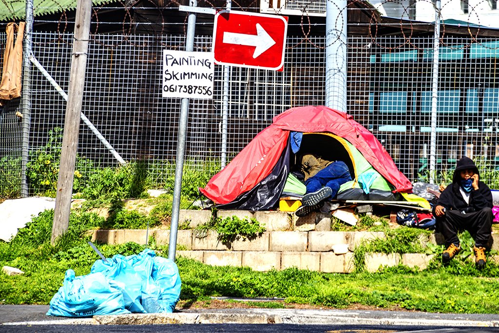 Homeless tent at Buitenkant and Glynn on 9-21-21--Cape Town