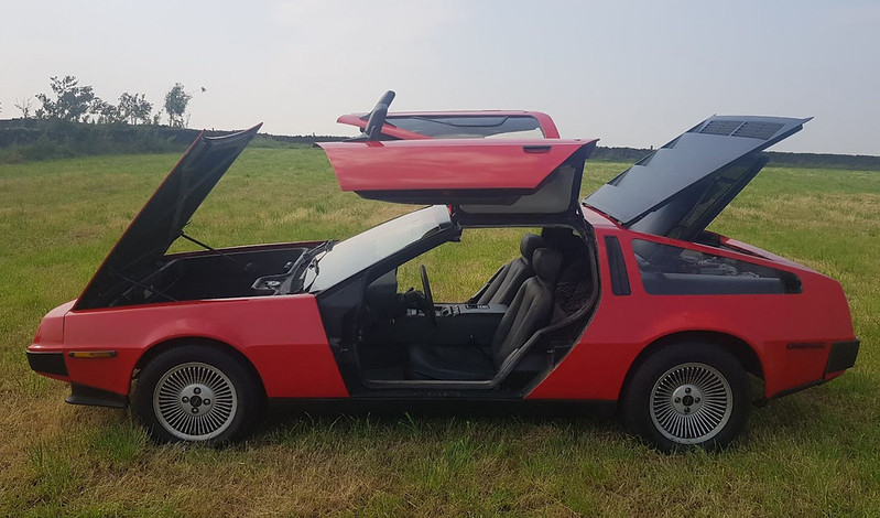 DeLorean-Painted-In-Red-Listed-For-Sale-On-Ebay-6