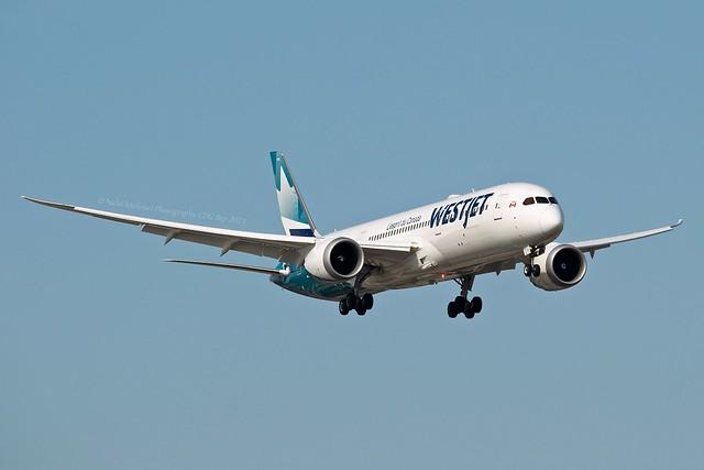 WestJet C-GYRS Boeing 787-9 Dreamliner cn/64978-994
