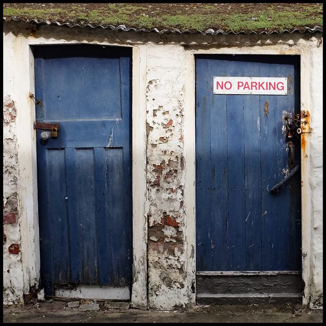 parking | no parking