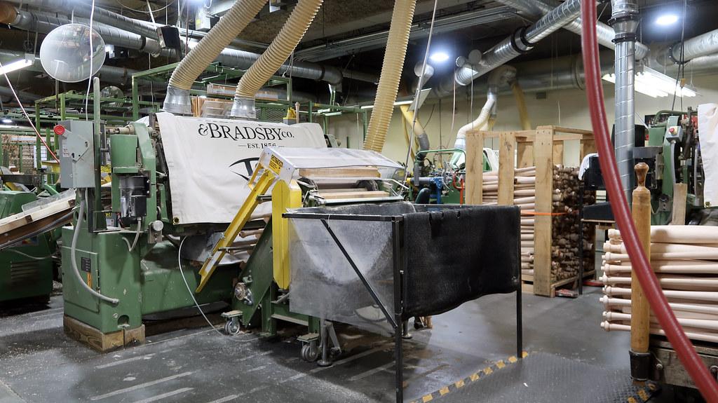 Louisville Slugger Factory