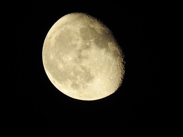 waning gibbous Moon phase 85.3% 17d 22h Meudon 2021 september 24