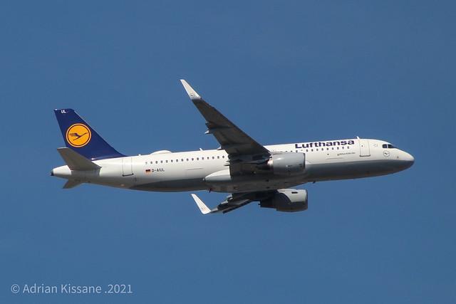 LUFTHANSA A320 D-AIUL