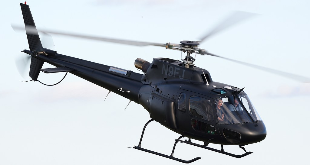 Eurocopter AS-350B Ecureuil Helicopter N9FJ with Tom Cruise on Board