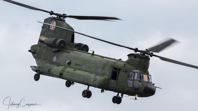Boeing-Vertil CH-47D Chinook   'D-665'