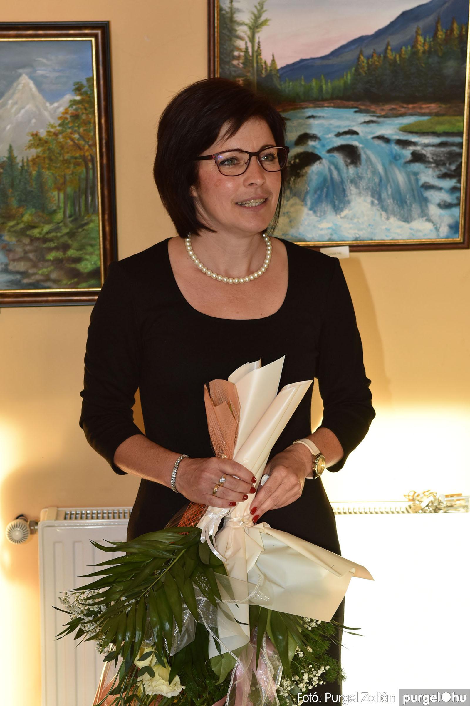 2021.09.24. 024 Molnár-Farkas Olga Szavak nélkül c. festménykiállításának megnyitója - Fotó:PURGEL ZOLTÁN© .jpg