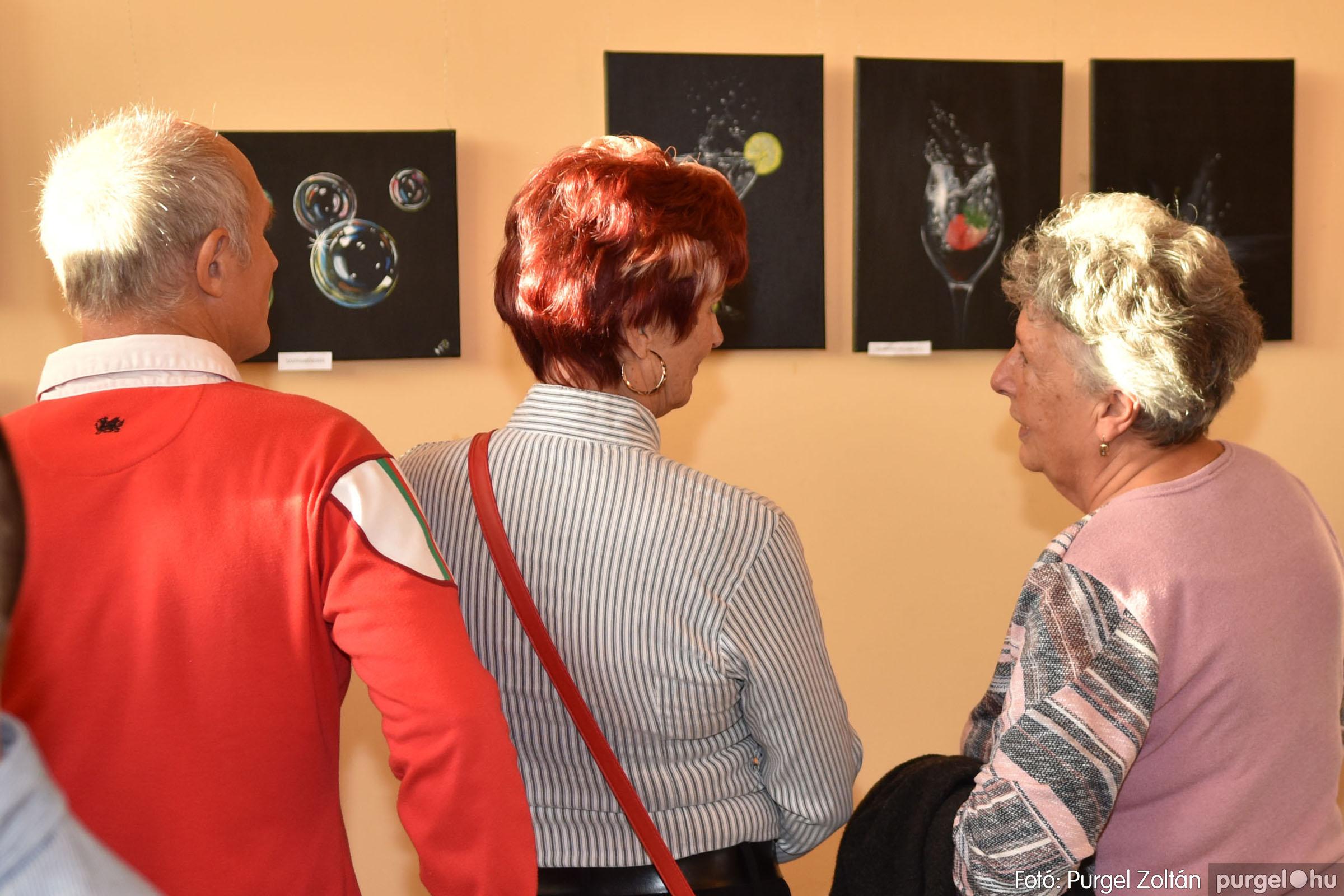 2021.09.24. 039 Molnár-Farkas Olga Szavak nélkül c. festménykiállításának megnyitója - Fotó:PURGEL ZOLTÁN© .jpg