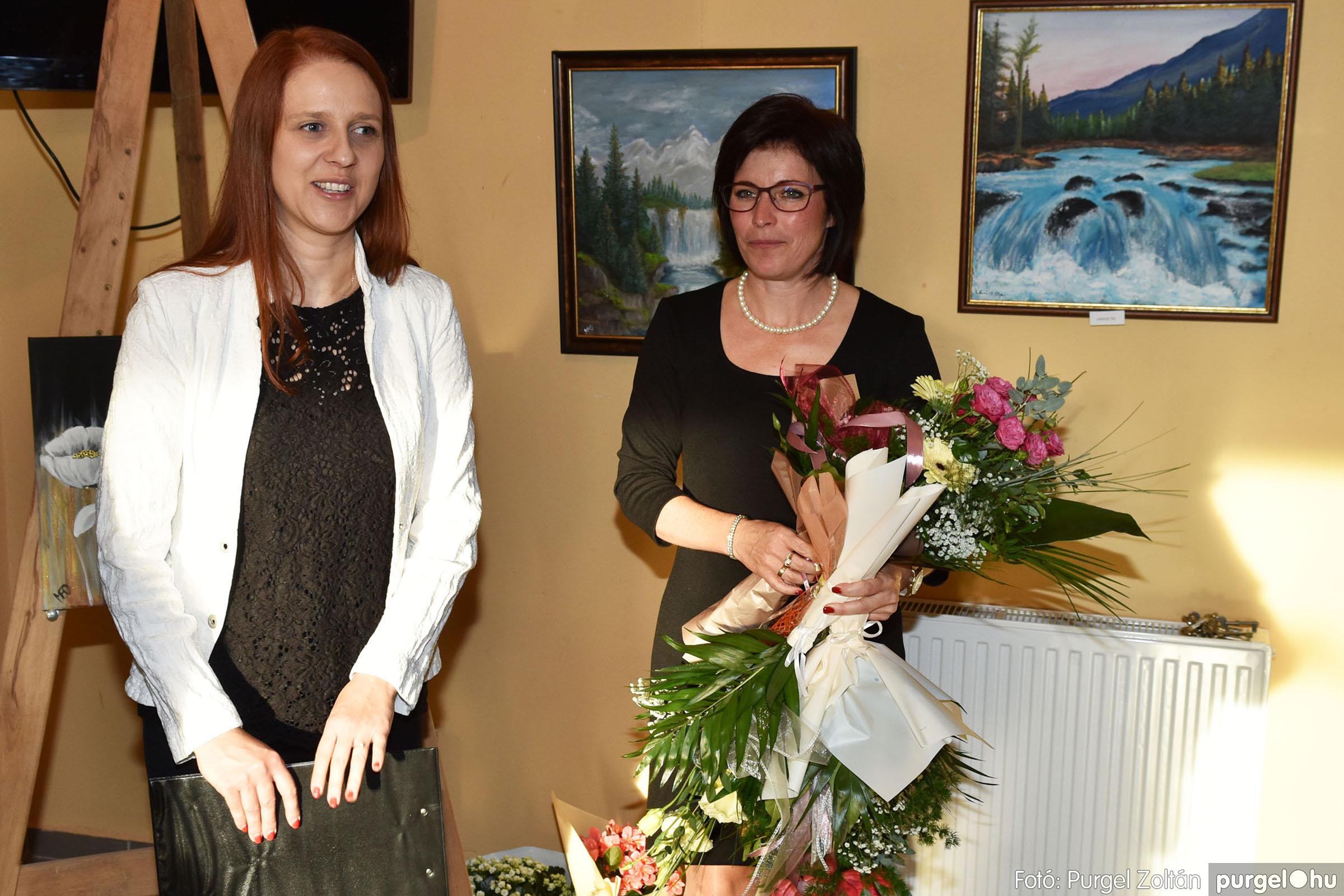 2021.09.24. 030 Molnár-Farkas Olga Szavak nélkül c. festménykiállításának megnyitója - Fotó:PURGEL ZOLTÁN© .jpg