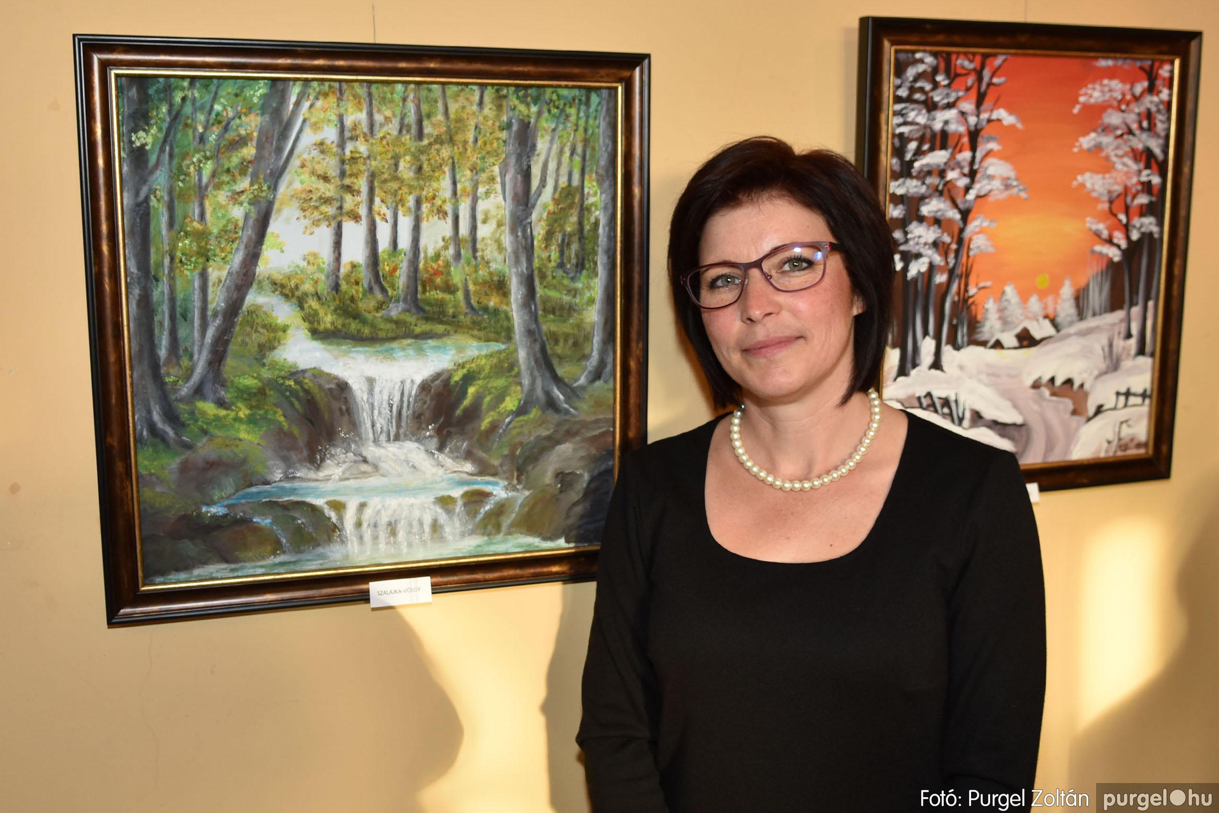 2021.09.24. 031 Molnár-Farkas Olga Szavak nélkül c. festménykiállításának megnyitója - Fotó:PURGEL ZOLTÁN© .jpg