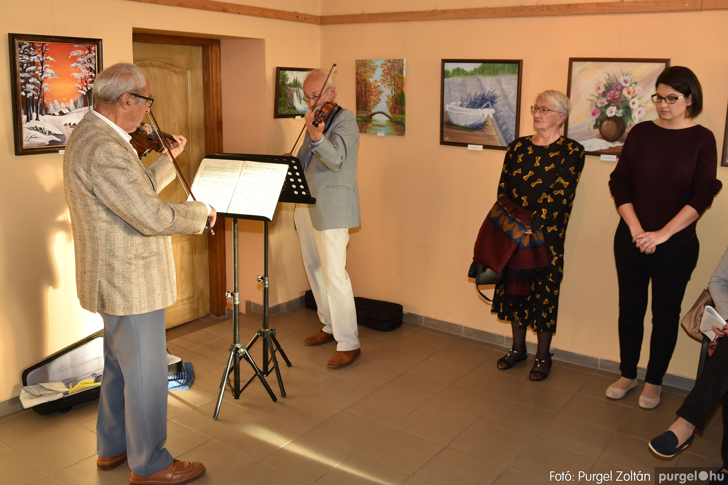 2021.09.24. 026 Molnár-Farkas Olga Szavak nélkül c. festménykiállításának megnyitója - Fotó:PURGEL ZOLTÁN© .jpg