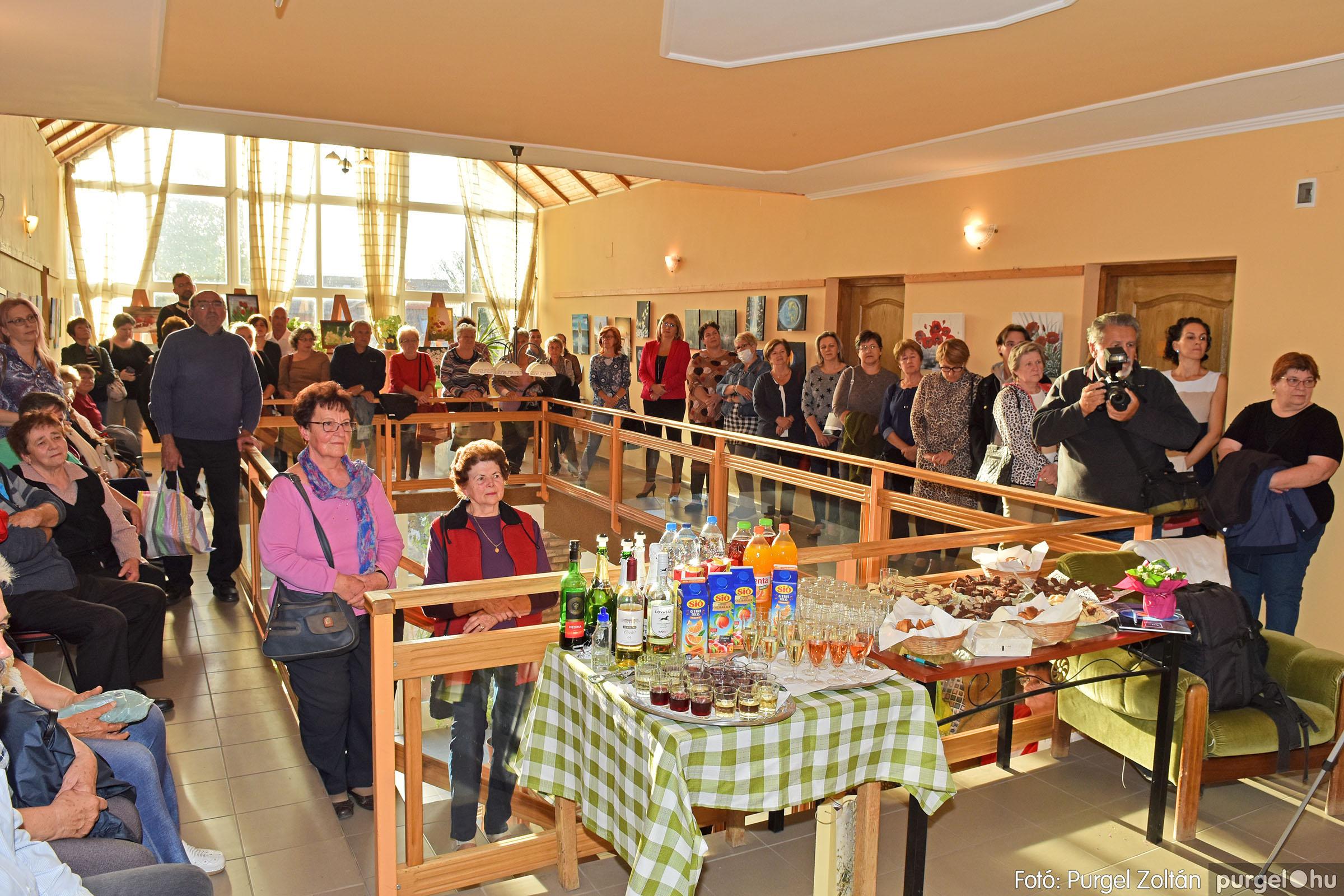 2021.09.24. 016 Molnár-Farkas Olga Szavak nélkül c. festménykiállításának megnyitója - Fotó:PURGEL ZOLTÁN© .jpg