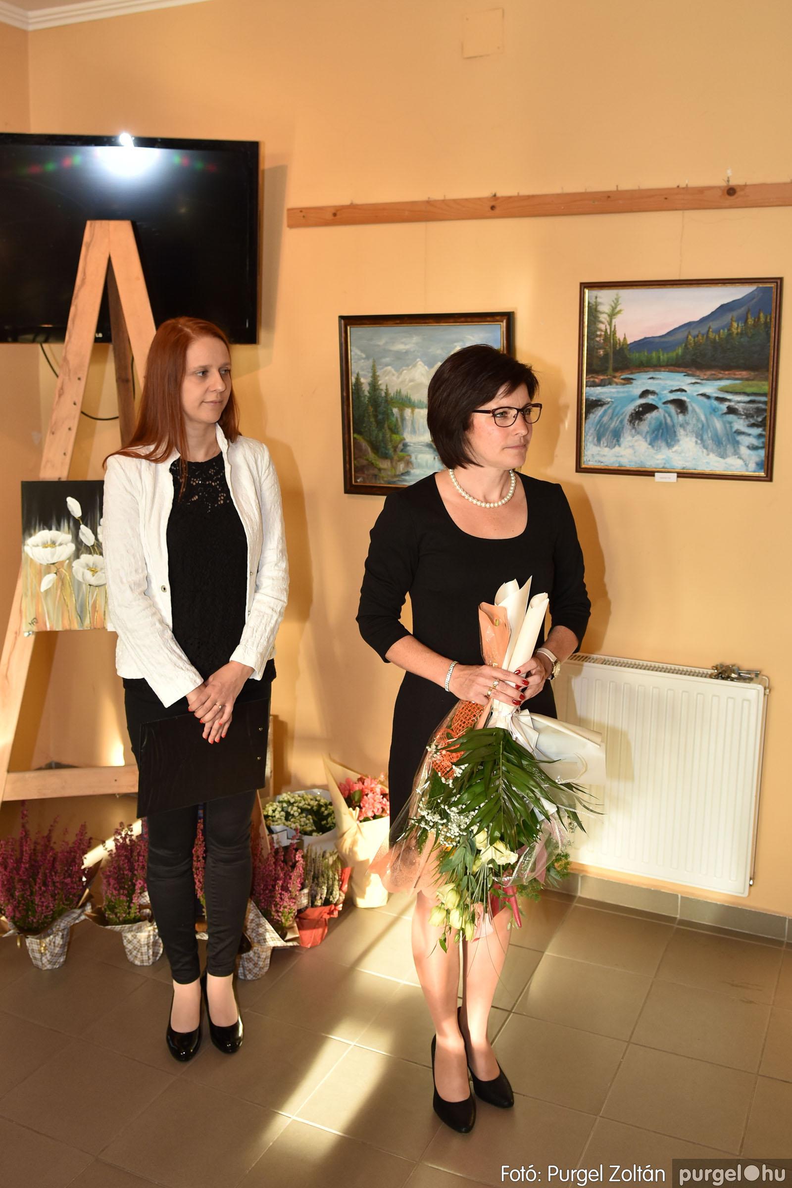 2021.09.24. 008 Molnár-Farkas Olga Szavak nélkül c. festménykiállításának megnyitója - Fotó:PURGEL ZOLTÁN© .jpg