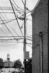 Sidestreet with wires