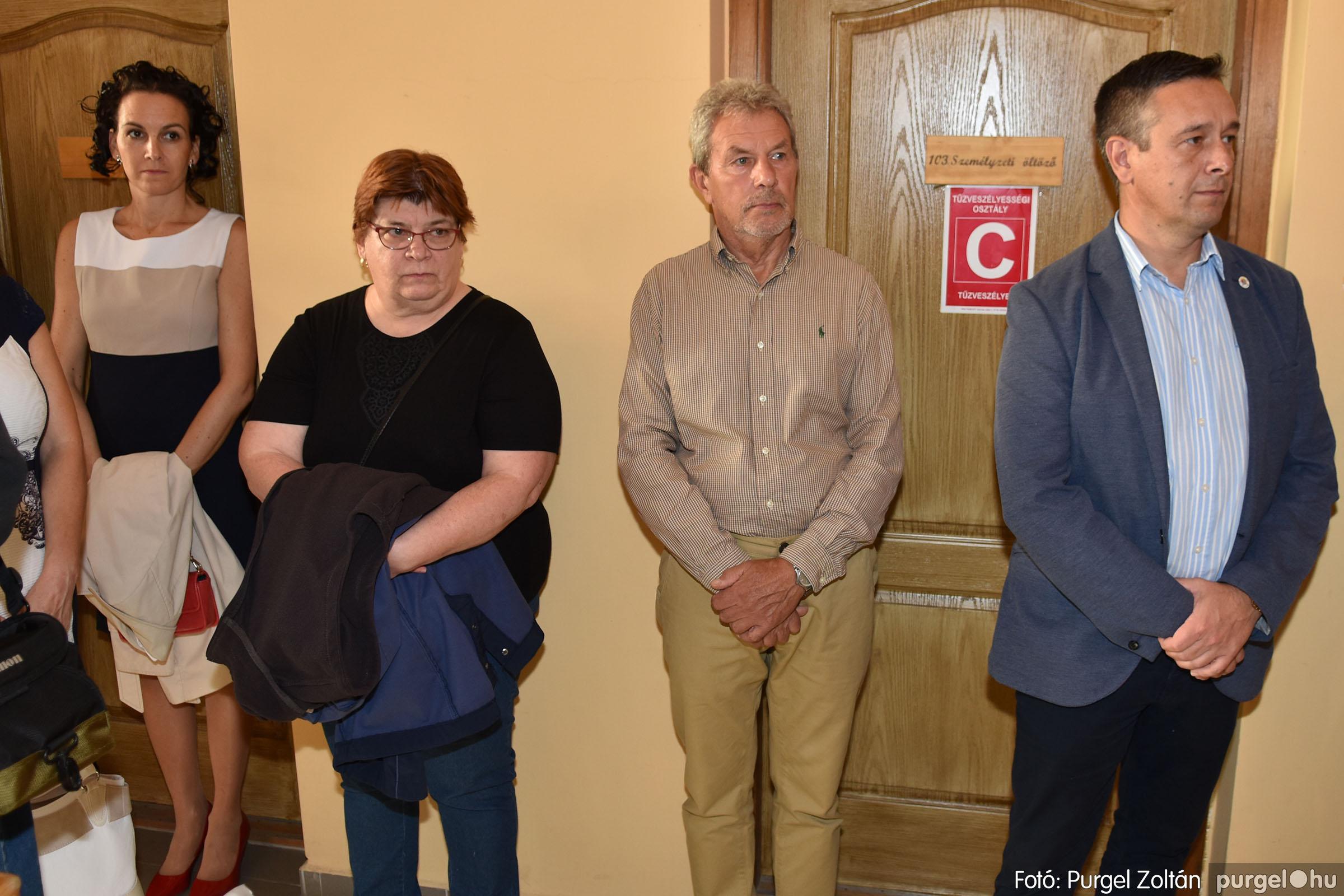 2021.09.24. 010 Molnár-Farkas Olga Szavak nélkül c. festménykiállításának megnyitója - Fotó:PURGEL ZOLTÁN© .jpg
