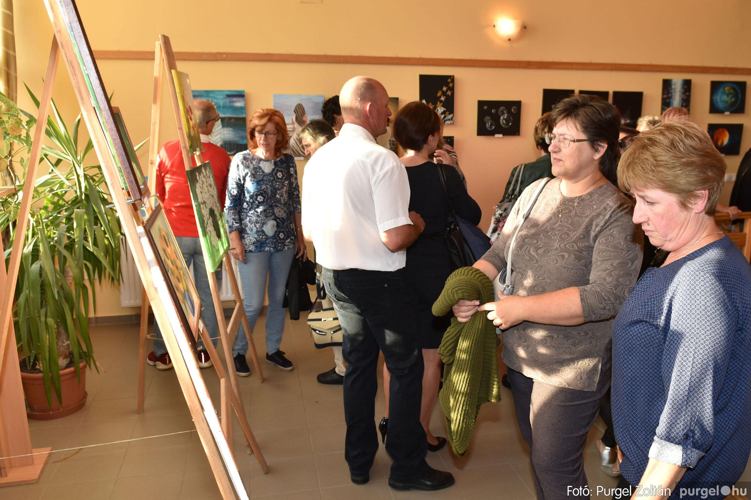 2021.09.24. 036 Molnár-Farkas Olga Szavak nélkül c. festménykiállításának megnyitója - Fotó:PURGEL ZOLTÁN© .jpg