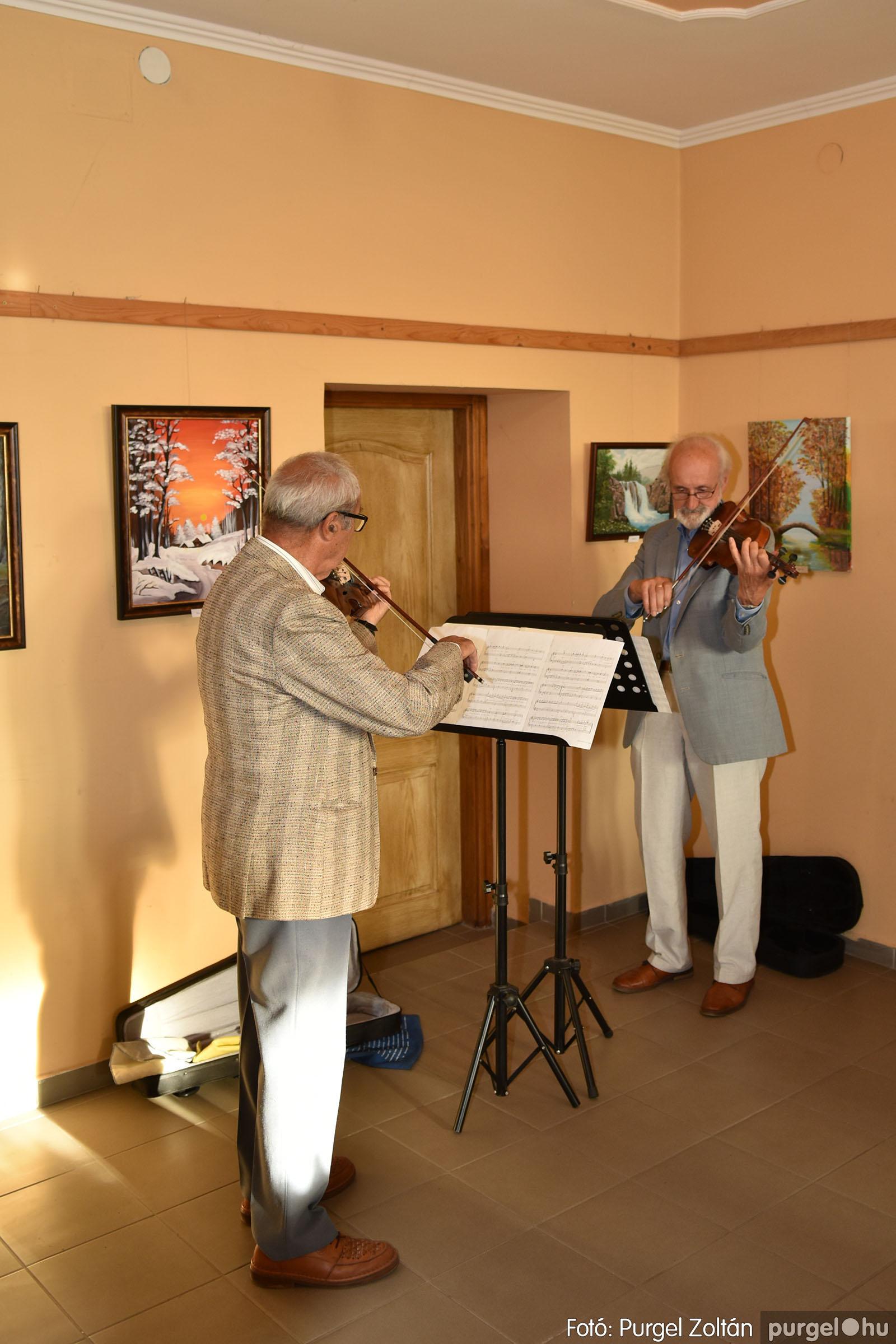 2021.09.24. 003 Molnár-Farkas Olga Szavak nélkül c. festménykiállításának megnyitója - Fotó:PURGEL ZOLTÁN© .jpg