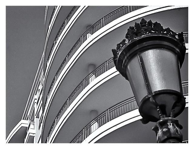 Lámpara Callejera (Street Lamp)