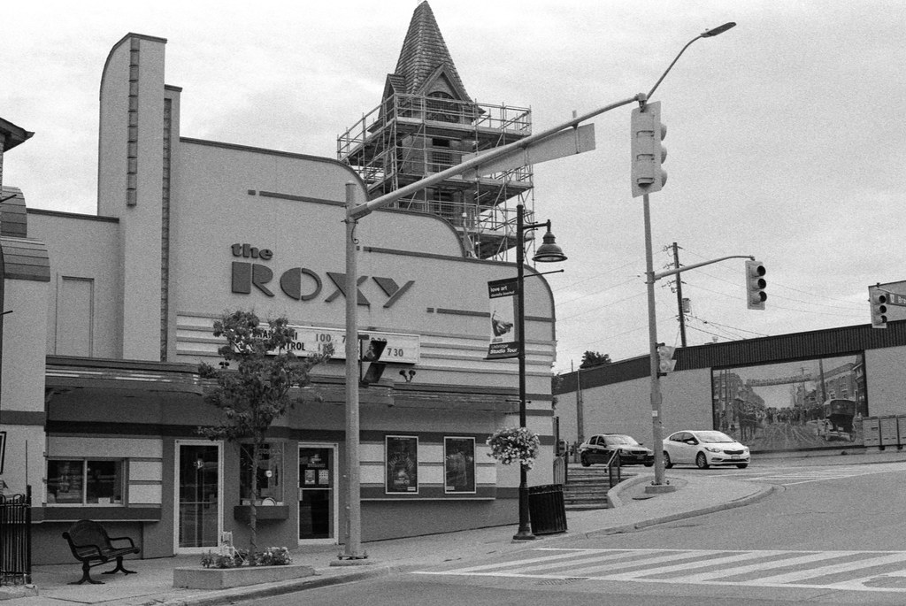 The Roxy and Stoplight