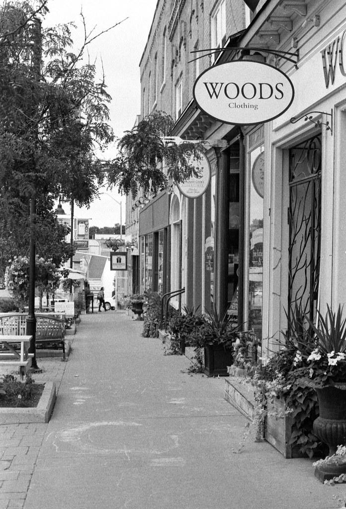 Downtown Uxbridge Sidewalk