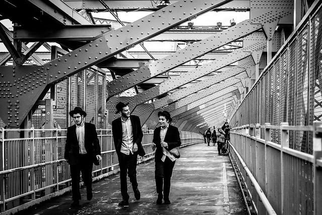 WALKING ON THE WILLIAMSBURG BRIDGE.