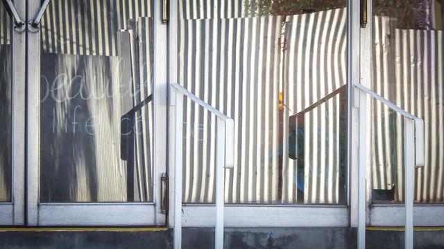 Corrugated Reflections