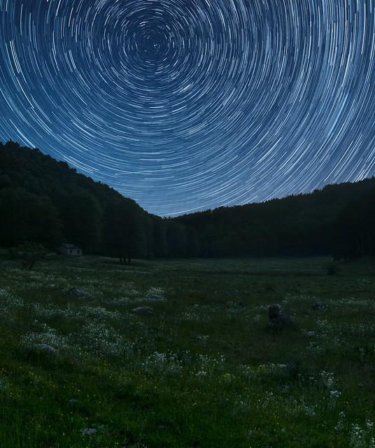 Parco Regionale dei Monti Picentini (Av - Italy) - Startrail - Perseids meteor shower 2021