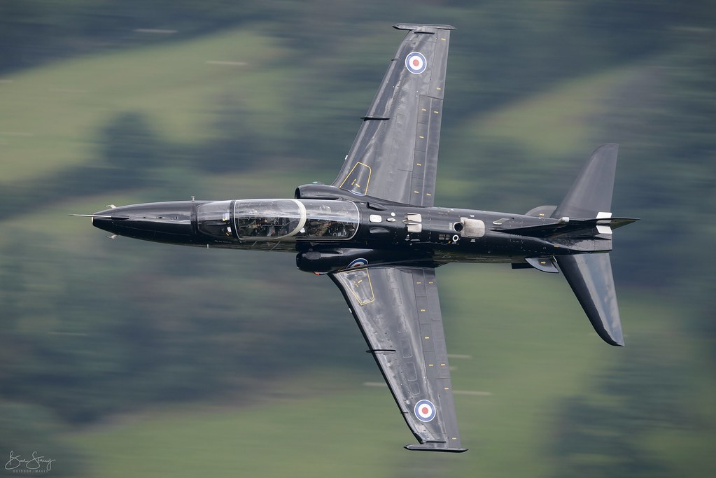 BAE Systems Hawk T.2 ZK013   4Sqn, RAF Valley - Training in Wales