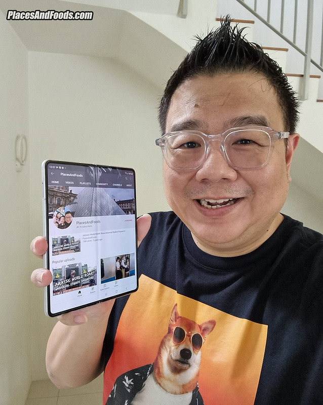 Samsung Galaxy Z Fold 3 places and foods