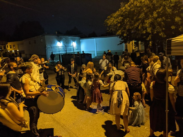 Roving Musicians
