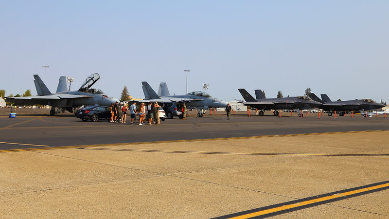 IMG_9310 F-35C and F/A-18F, California Capital Airshow