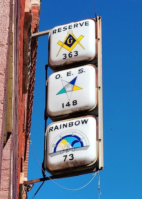 IN, Sharpsville-Masonic Signage