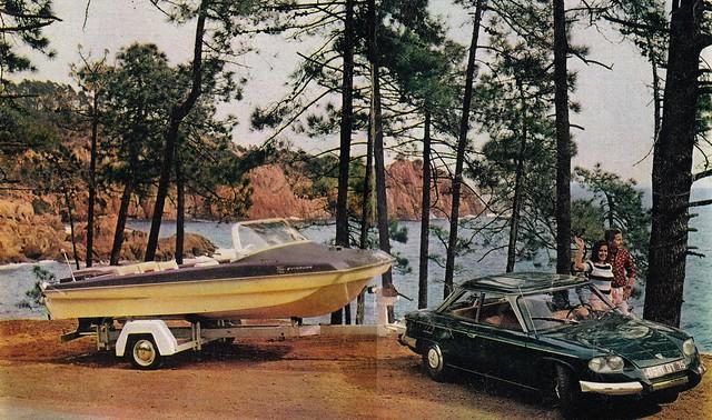 Postcard Panhard 24BT Collection La Prévention Routière N° 43 1966a