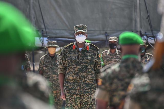 UPDF Commander Land Forces visits AMISOM troops in Somalia
