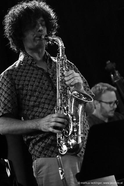 Joao Pedro Brandao: altsax, flute