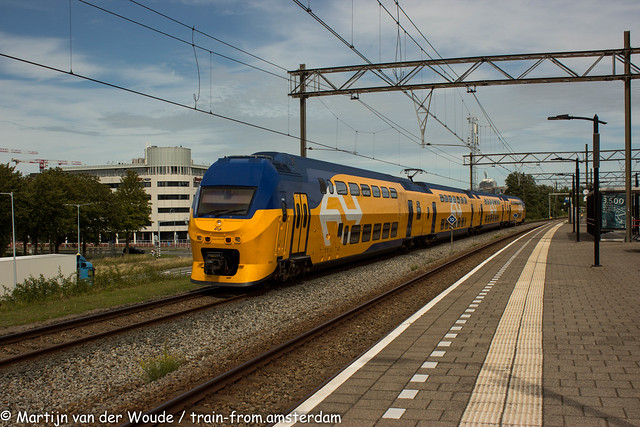 20210815_NL_Hoofddorp_NS VIRM2/3 9516