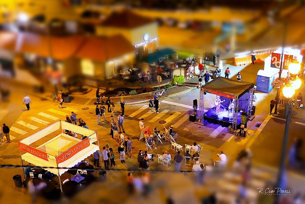 Plaza Art Fest; Kansas City, MO, USA