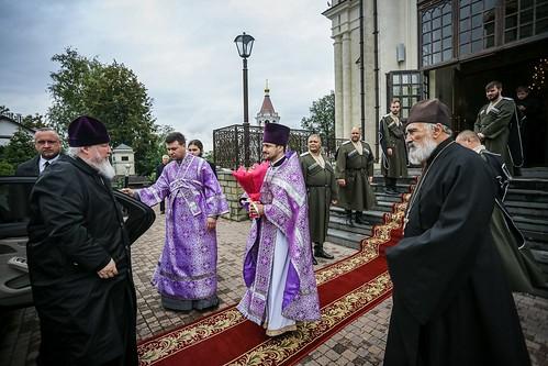 27 сентября 2021, В праздник Воздвижения Креста Господня митрополит Кирилл совершил Литургию