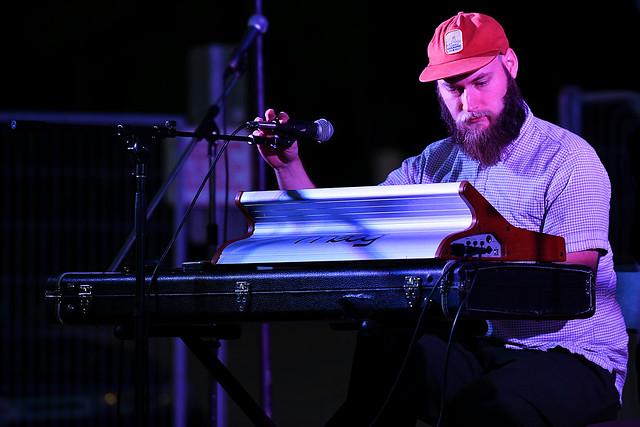 Keyboard & Bass  Player for JoJo Worthington
